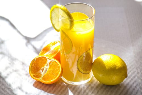 Vitamina C in lamaie - limonada